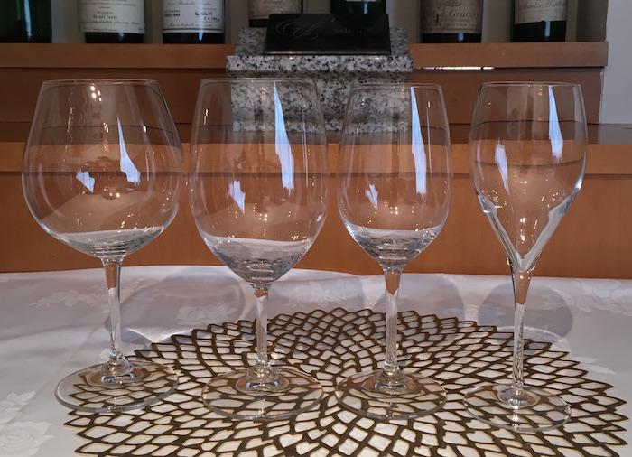ソムリエに訊く! ワイングラスの形状の秘密・持ち方、マナーなど